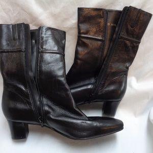 Antonio Melani short black leather boots sz 10M
